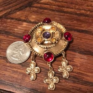 Vintage Jewelry - 80's gold tone brooch with dangle crosses